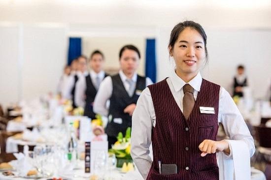 Nhân viên phục vụ part time tại tp.HCM