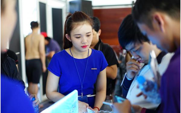 PG giới thiệu sản phẩm trong các sự kiện được tổ chức