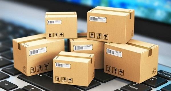 Hình ảnh sản phẩm được dán tem đóng gói kỹ càng